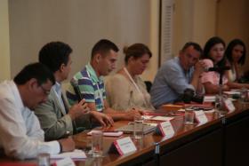 Participantes durante el desarrollo de la actividad.